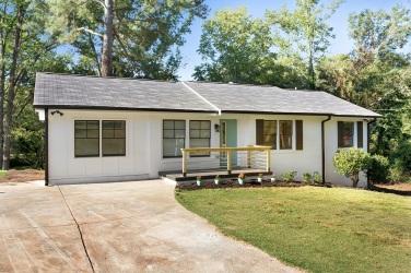 Mid Century Decatur HausZwei Homes Meadowbrook Acres
